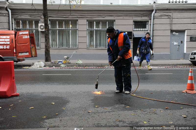 Нанесение разметки для парковки в Москве