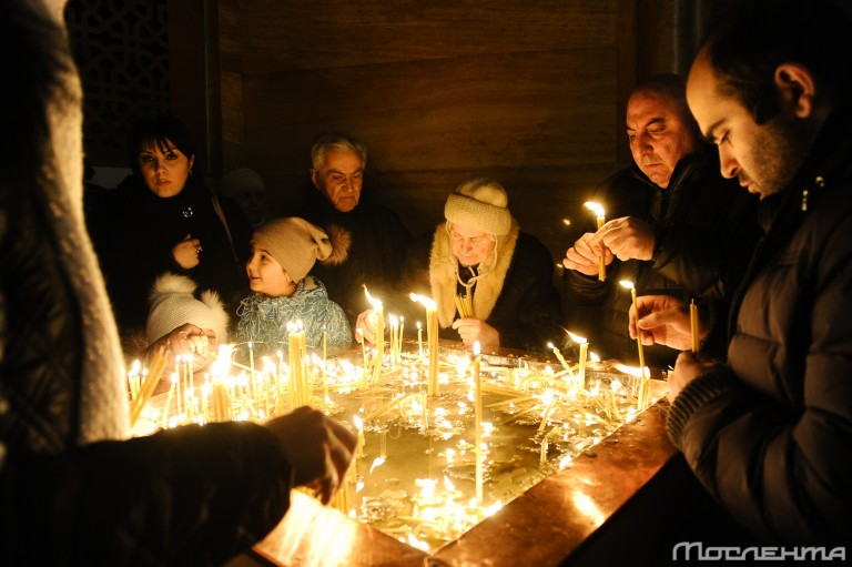 Почему армяне уже отпраздновали Рождество и Крещение